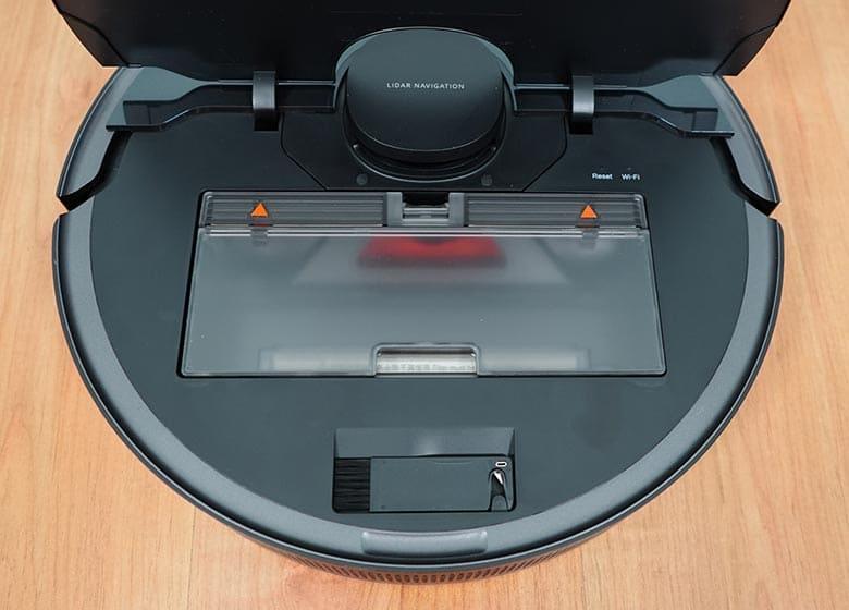Dreame L10 Pro top mounted dust bin