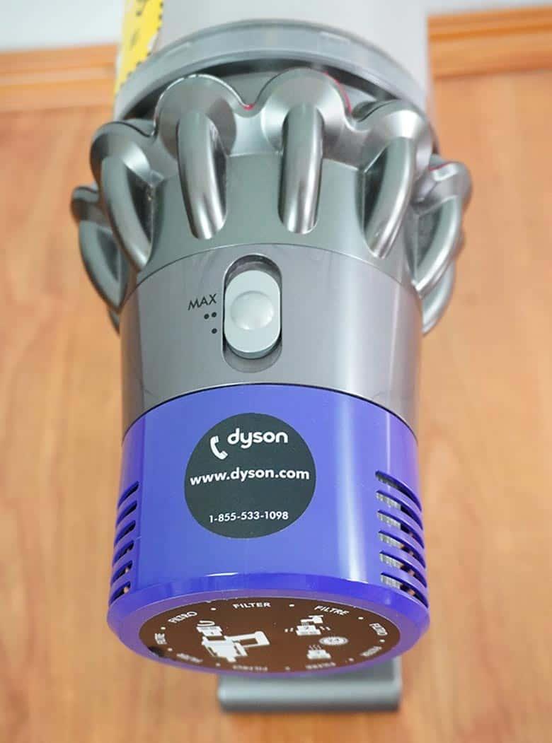 Dyson V10 interface