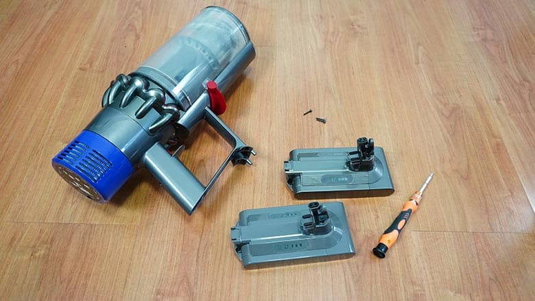 Dyson V10 replacement battery