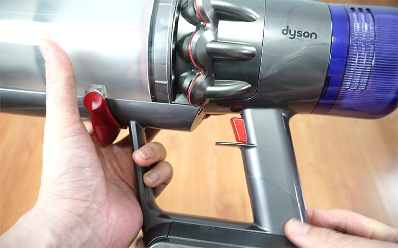 Dyson V11 Torque Drive trigger switch