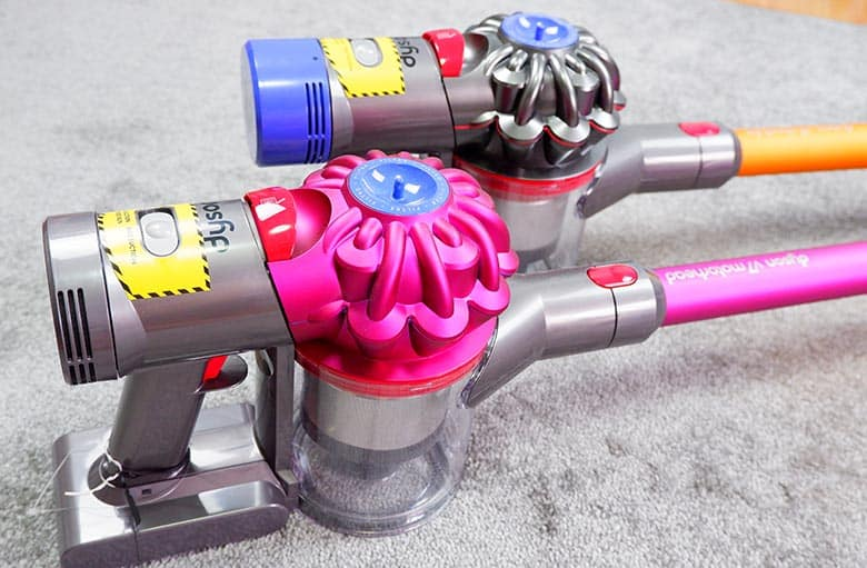 Dyson V7 vs V8 interface