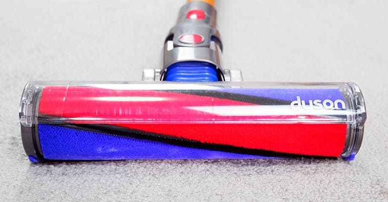 Dyson V8 soft roller
