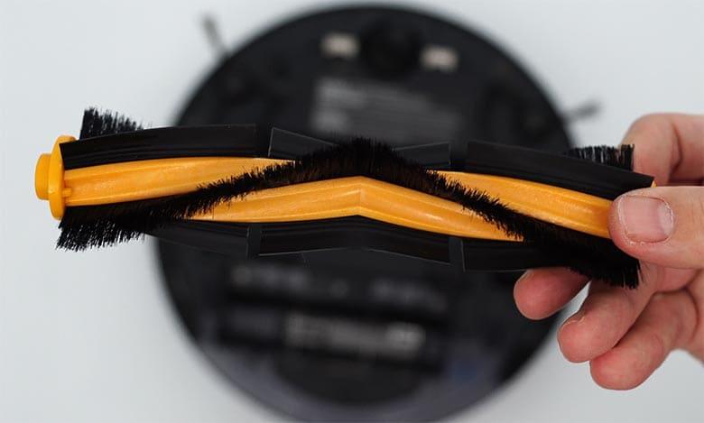 Ecovacs N8 Pro combo brush