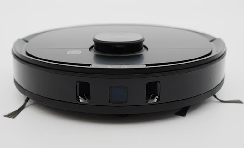 Ecovacs N8 Pro front 3D sensors