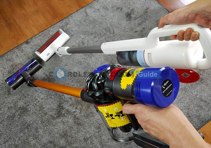 Dyson V8 and Roidmi F8 differences on ergonomics