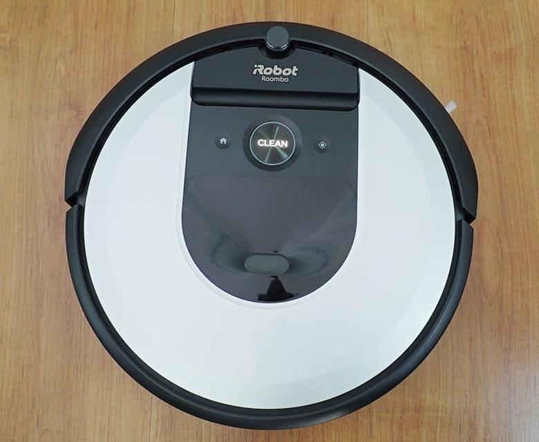 Roomba I6 top