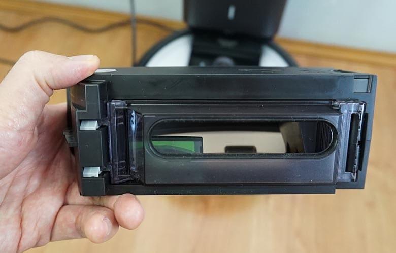 Roomba I6+ dustbin