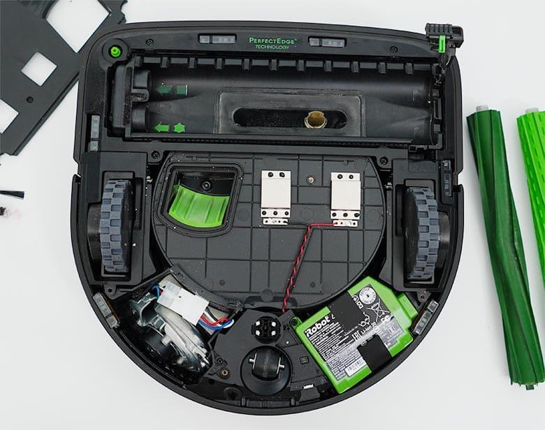 Roomba S9 battery bolt