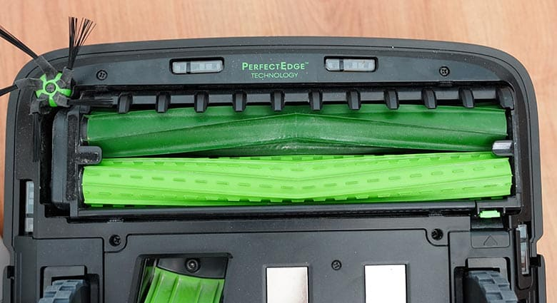 Roomba S9 extractors close up